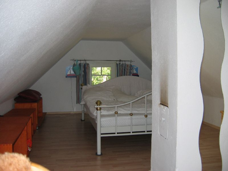 Das Ferienhaus - Schlafzimmer unterm Dach, für Andy ne Nackenstarre :-D für Kids Okay