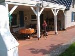 Das Ferienhaus - Überdachter Terassenbereich und Eingang
