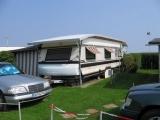 Na gut, der Wohnwagen ist nun ein anderer, weil der Platz nicht mehr von Oma benutzt wird…..