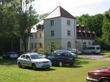 Nebengebäude mit Schwimmbad